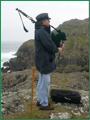 Laird Will Piping on Iona