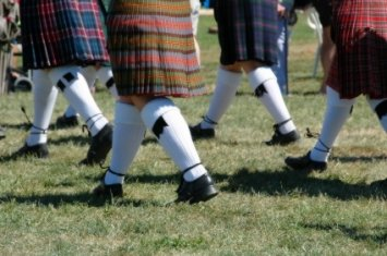 Kilts and flashes